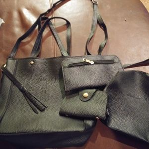 Handbags - 4 piece purse set nwt